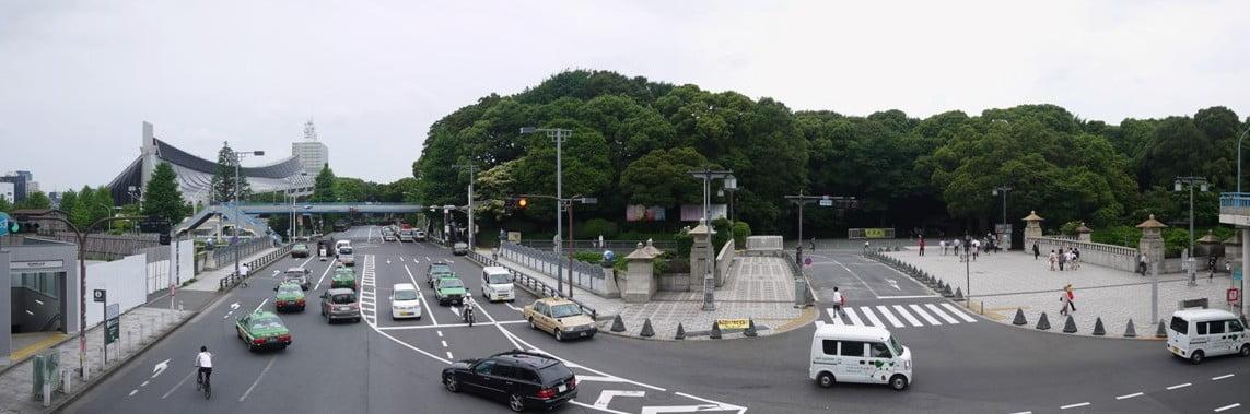 明治神宮へのアクセス(行き方):「JR原宿駅(都営・明治神宮前駅)」から明治神宮・本殿