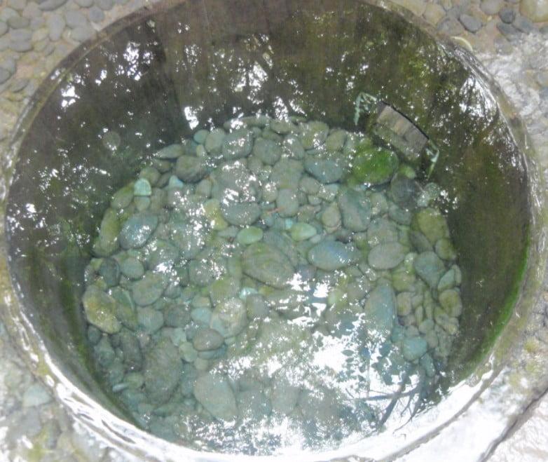 怪奇現象?!清正の井戸から水が吹き出す?