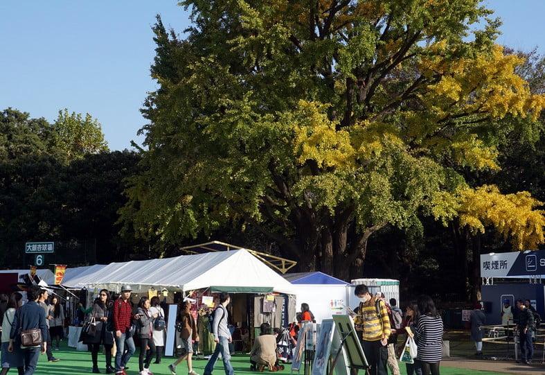 明治神宮外苑「いちょう祭り」の歴史・由来と、いつから始まったの?