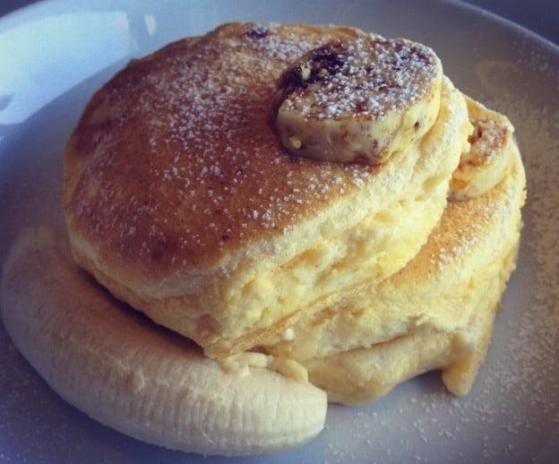 第8位.リコッタパンケーキw フレッシュバナナ、ハニーコームバター